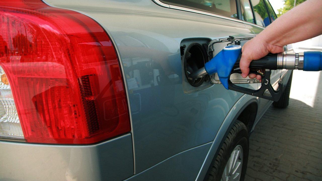 comercializarea petrolului)