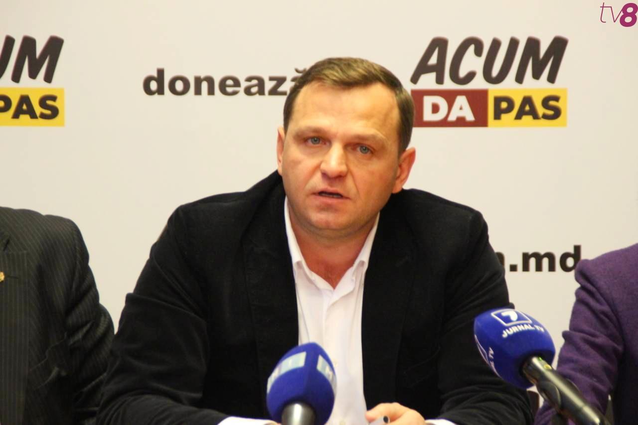 Нэстасе Плахотнюку: «Я призываю его сделать мирную передачу власти»