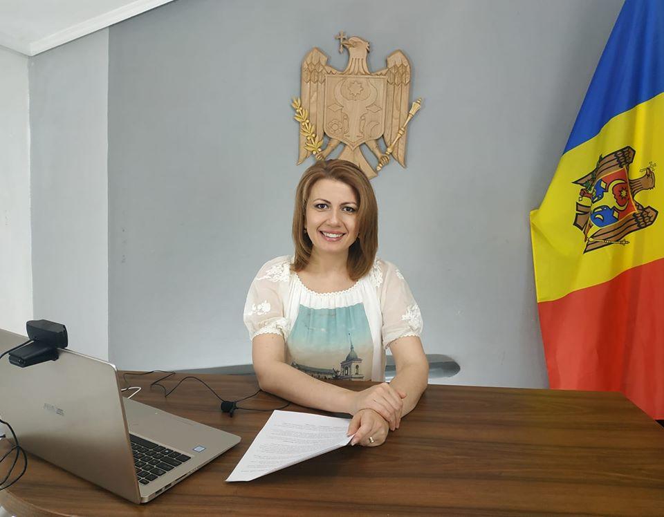 """Deputata Arina Spătaru povestește cum trece prin COVID-19. """"Aveam o stare de parcă m-a trecut tancul"""""""